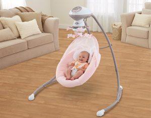unsere bewertungen und meinungen zu den 5 besten babyschaukeln oder babywippen. Black Bedroom Furniture Sets. Home Design Ideas