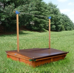 Bestes Preis-Leistungsverhältnis -GASPO 310016 Holz Sandkasten Mickey mit Kurbeldach